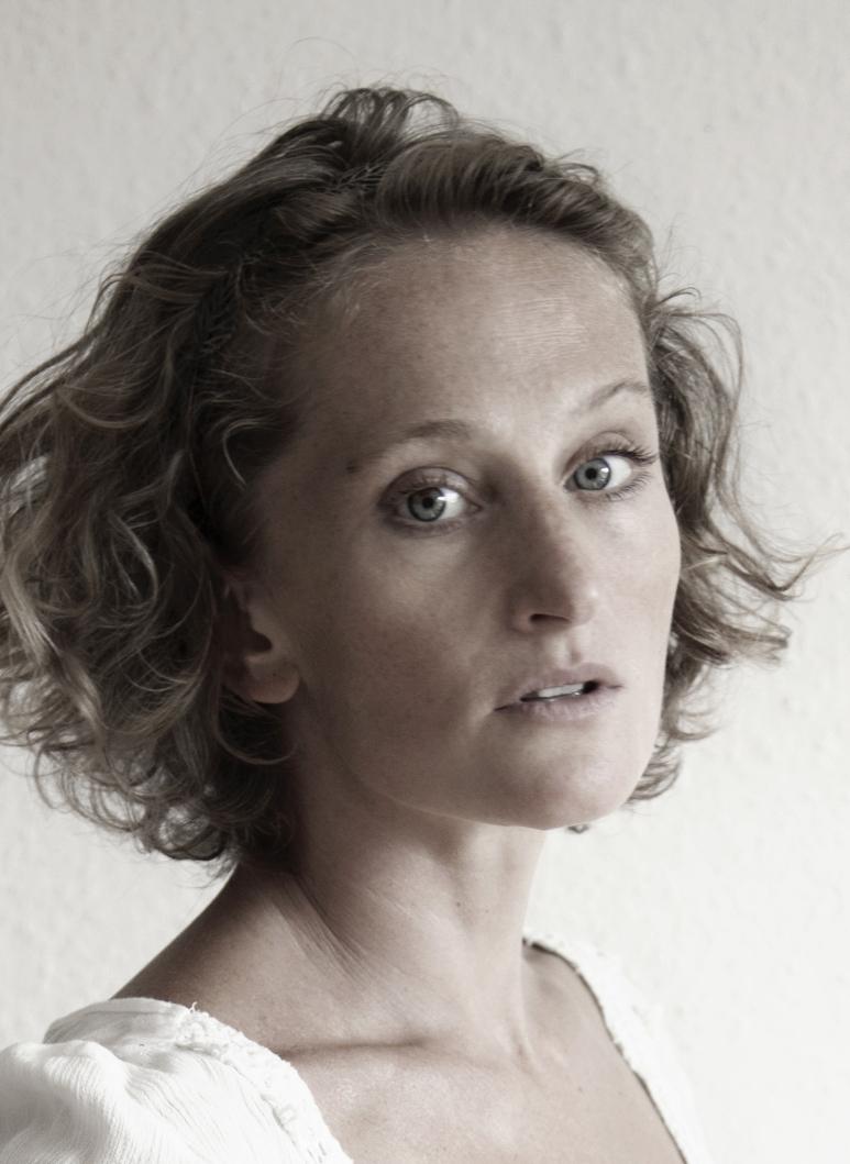 Madeleine RAYKOV
